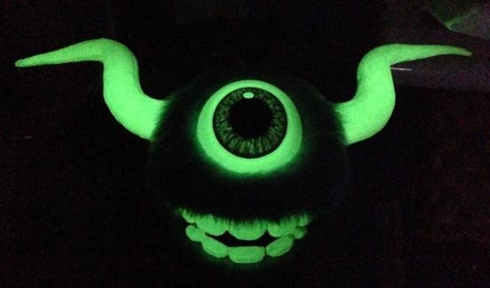 11 glow eye test